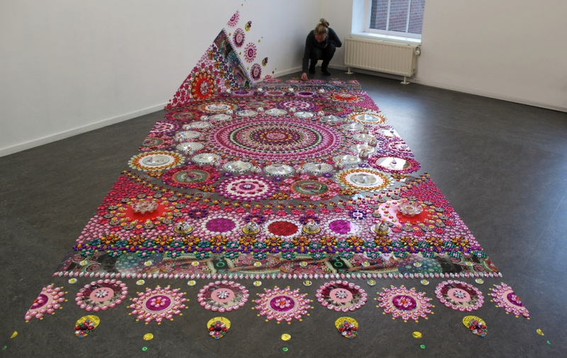 2 kaleidoscopic rangoli designs by suzan drummen