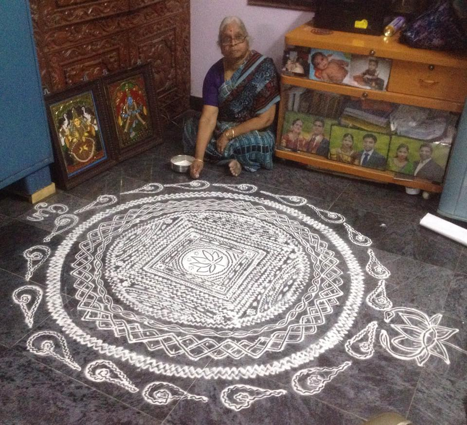 16 sangu kolam design by saroja krishnamoorthy