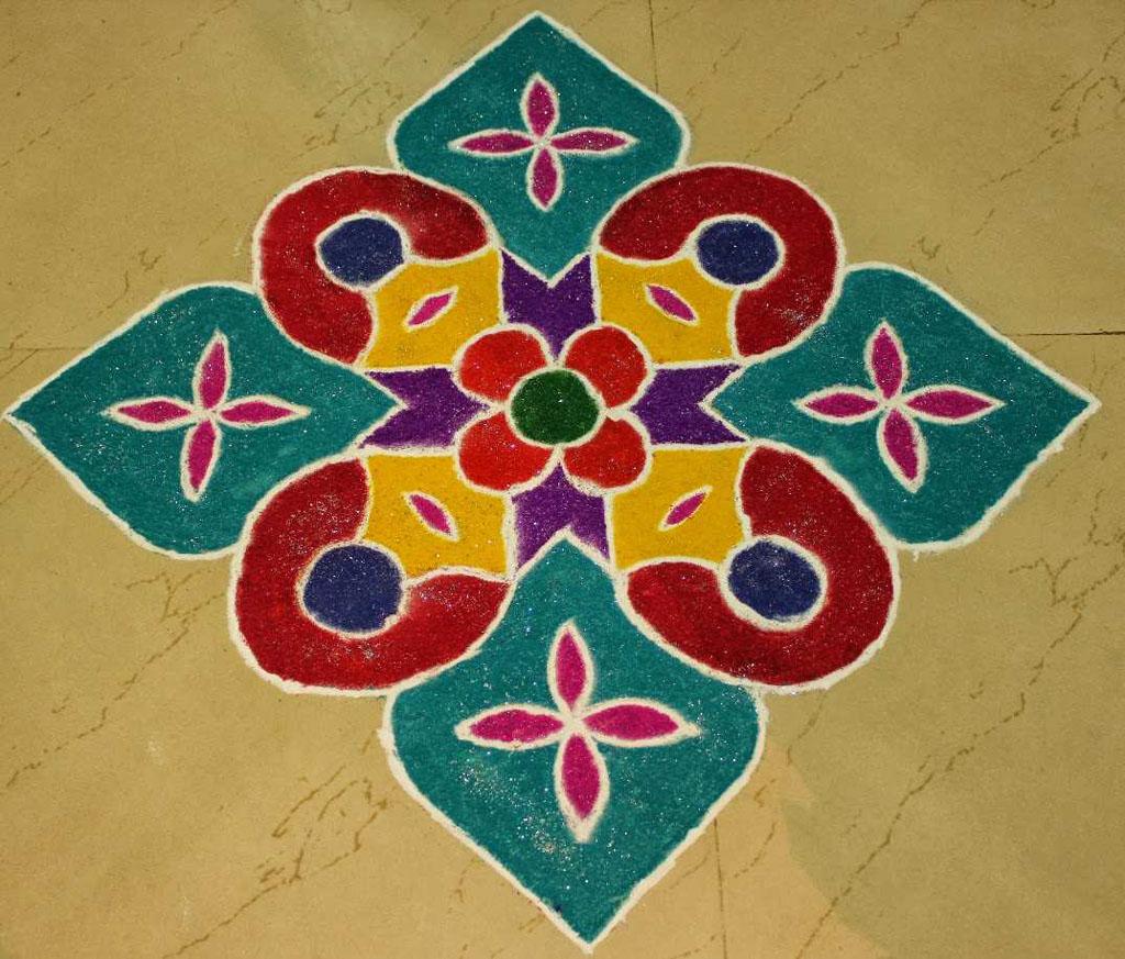 5 aripan rangoli design