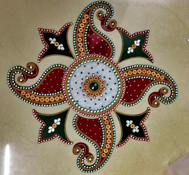12 acrylic rangoli design