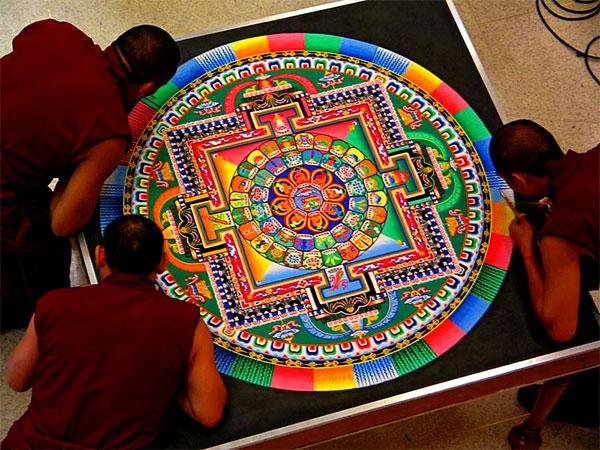 4 tibetan sand painting rangoli design