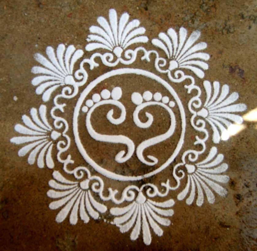 5 stencil rangoli design by ramya aiyappan