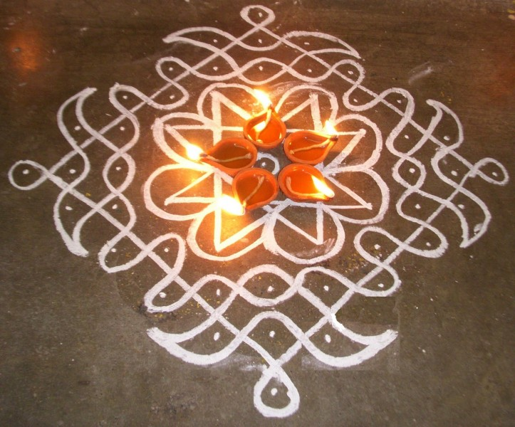 5 kolam design by kamala corner